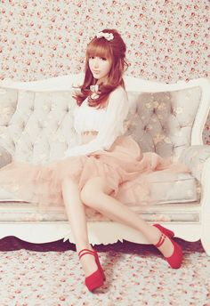 L o v e l y ~Kawaii style, pinks, white and reds