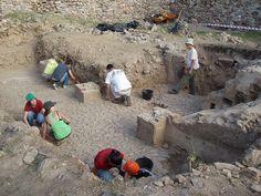III Curso de arqueología de campo en el Castillo de Portezuelo (Cáceres), del 6 al 31 de mayo de 2013
