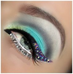 Diamond Eye Makeup - maybe a little to much but I like for halloween or something