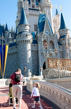 Getting Started with planning for a Disney vacation: Great tips on what gear to bring and how to look for deals.