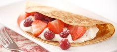 Yummy fruit and vanilla cream pancake recipe!