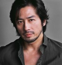 Hiroyuki Sanada...the Far Eastern equivalent of Tom Cruise...He is on the SciFi channel now in Helix.