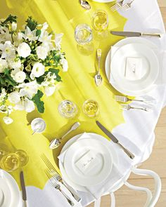 table runner for round tables
