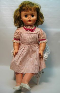 like my doll only jointed-1960s VINTAGE 24''DELUXE READING MISS BEAUTY PARLOR DOLL with ORIGINAL DRESS