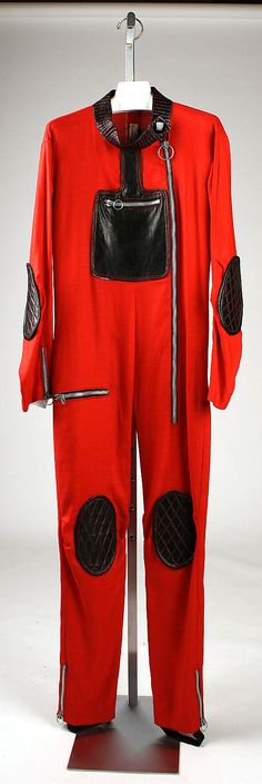 Pierre Cardin (French, born Italy, 1922). Ski ensemble, 1970. The Metropolitan Museum of Art, New York. Gift of Pierre Cardin, 1977 (1977.25.18a–c) #olympics #skiing
