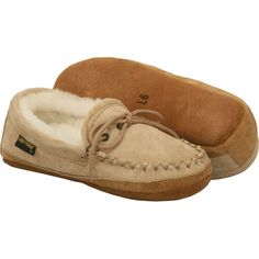 Old Friend Footwear Women's Soft Sole Moccasin Style #: 481193-W Chestnut Cowhide Narrow Sheepskin Sensitive Feet Dry Warm  | #TheShoeMart #CozyToes