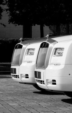 HIS AND HER'S ROLLS ROYCE