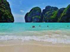 Phuket, Thailand travel tips: http://www.ytravelblog.com/what-to-do-in-phuket-thailand/