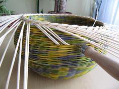 Плетение простой загибки из газетных трубочек мастер класс - Ufaonphoto.ru