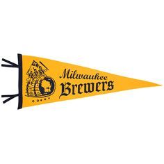 More pennants! Check out this awwwwwwesome old-timey #Brewers pennant and just try to say you won't buy it. See? Impossible.