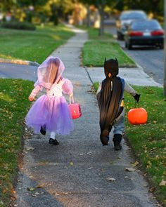 Creative Halloween costume ideas for all ages.