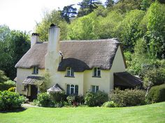 Thatched Cottage by Natman, via Flickr