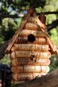 DIY Birdhouse made out of corks