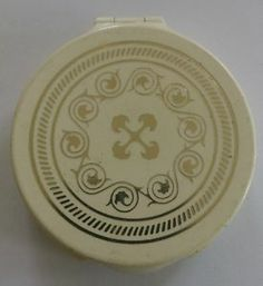 Early Plastic Avon Vintage Powder Compact