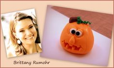 Tutorial: How to make cute fondant pumpkins. #Halloween