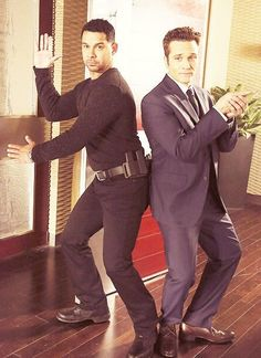 Castle's Angels...¸.•`♥¸.•`♥ Ryan and Esposito
