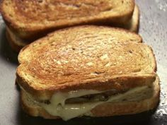 Patty Melts - Ree Drummond, Pioneer Woman - Food Network - http://www.foodnetwork.com/recipes/ree-drummond/patty-melts-recipe.html