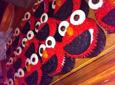 Elmo cupcakes for birthday