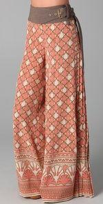 wide leg pants, boho chic, tori burch, printed pants, cloth, style, tory burch, belt, harem pants