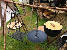 Viking Camp Bushcraft: Great idea on how to cook over an open fire, and it doesn't matter if it's in a pit or above the ground.