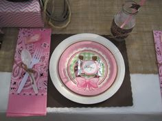 Table settings at a Cowgirl Party #cowgirl #partytable
