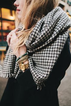 the scarf.