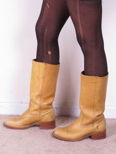 vintage FRYE marbleized tan banana leather womans cowboy cowgirl tall campus stacked heel boots sz womans 8M