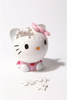 Hello Kitty puzzle. Cute!