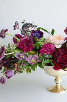 | by Gavita Flora #purple #berry #gold #wedding