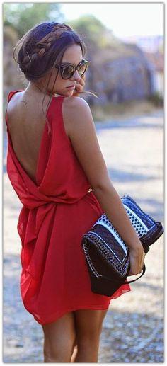 Art Symphony: The Red Dress