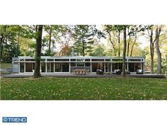 Frank Weise glass contemporary in Gladwyne, PA.  MLS 5970173