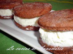 BISCOTTO GELATO - Qui la #ricetta #BlogGz: http://blog.giallozafferano.it/lacucinadiannama/biscotto-gelato-ricetta-dolci/ #GialloZafferano #gelato #biscotti #merenda