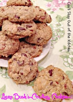 Laura Bush's Cowboy Cookies | Can't Stay Out of the Kitchen | this #presidential #bake-offwinner is a great #oatmealcookie with #chocolatechips, #pecans and #coconut. #cookie #dessert #chocolate #oatmeal