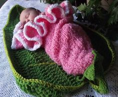 Crochet Flower Cocoon Pattern Free : Crocheted Cocoons - Baby on Pinterest Baby Cocoon ...