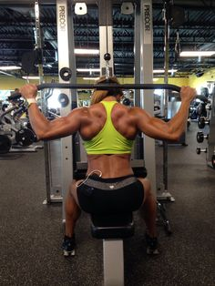 A good friend of my Tal and I, Karina Nascimento, back workout at Busy Body East Boca...