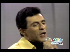 """THE 4 SEASONS """"Let's Hang On"""" on The Ed Sullivan Show - YouTube"""
