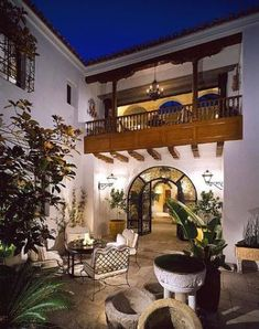 Entry courtyard of Richard Landry-designed Spanish-style home in Los Angeles >> http://www.frontdoor.com/coolhouses/spanish-style-estate-with-moorish-flair?soc=pinterest