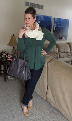 Jessica from the blog Surely Sonsy is wearing our Rylan Ruched Top.