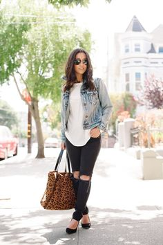 Blogger Crystalin Marie shows off DIY details on a pair of Gap legging jeans.