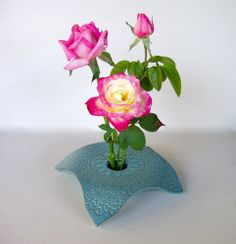Ikebana Vase: $30.00 (+s/h) via ArtFire; Handmade Ikebana Pottery (artwork/image ©KensGardenParty).