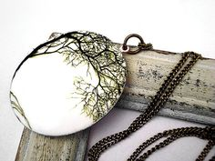 willows, villa sorgenfrei, work villa, villasorgenfrei, long necklaces, bronz locket