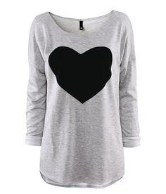 2013 new Heart pattern grey o neck top sweatshirt long sleeve T shirt basic shirt female long sleeve t shirts six sizes-inT-Shirts from Appa...