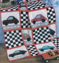 Ravelry: checkered flag mat/blanket pattern by Crystal Harris