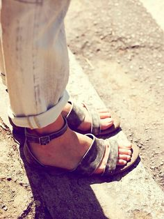 fashion shoes, crow distress, style, free peopl, sandals