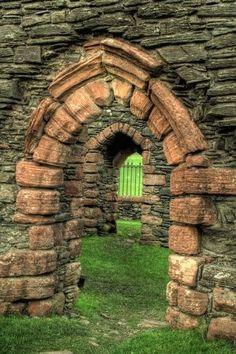 doors, ireland, doorway, portal, kilbrannan chapel, stone walls, archway, garden, gate