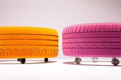 Puff de pneus. Nas cores neon laranja e pink