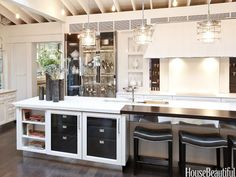 The kitchen island. Design: Mick De Giulio. Photo: Chris Eckert. housebeautiful.com #kitchen #bar_stools #kitchen_island #koty