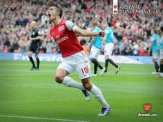 Robin van Persie Arsenal. he deserves player of the year in the EPL!