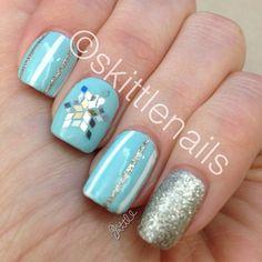 snow inspired glitter nail art