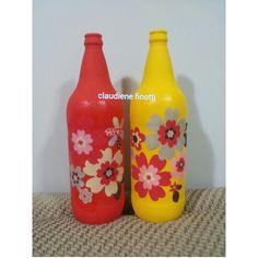 Garrafas decoupadas com tecido, artesanato, chita, garrafas recicladas, handmade, recycle